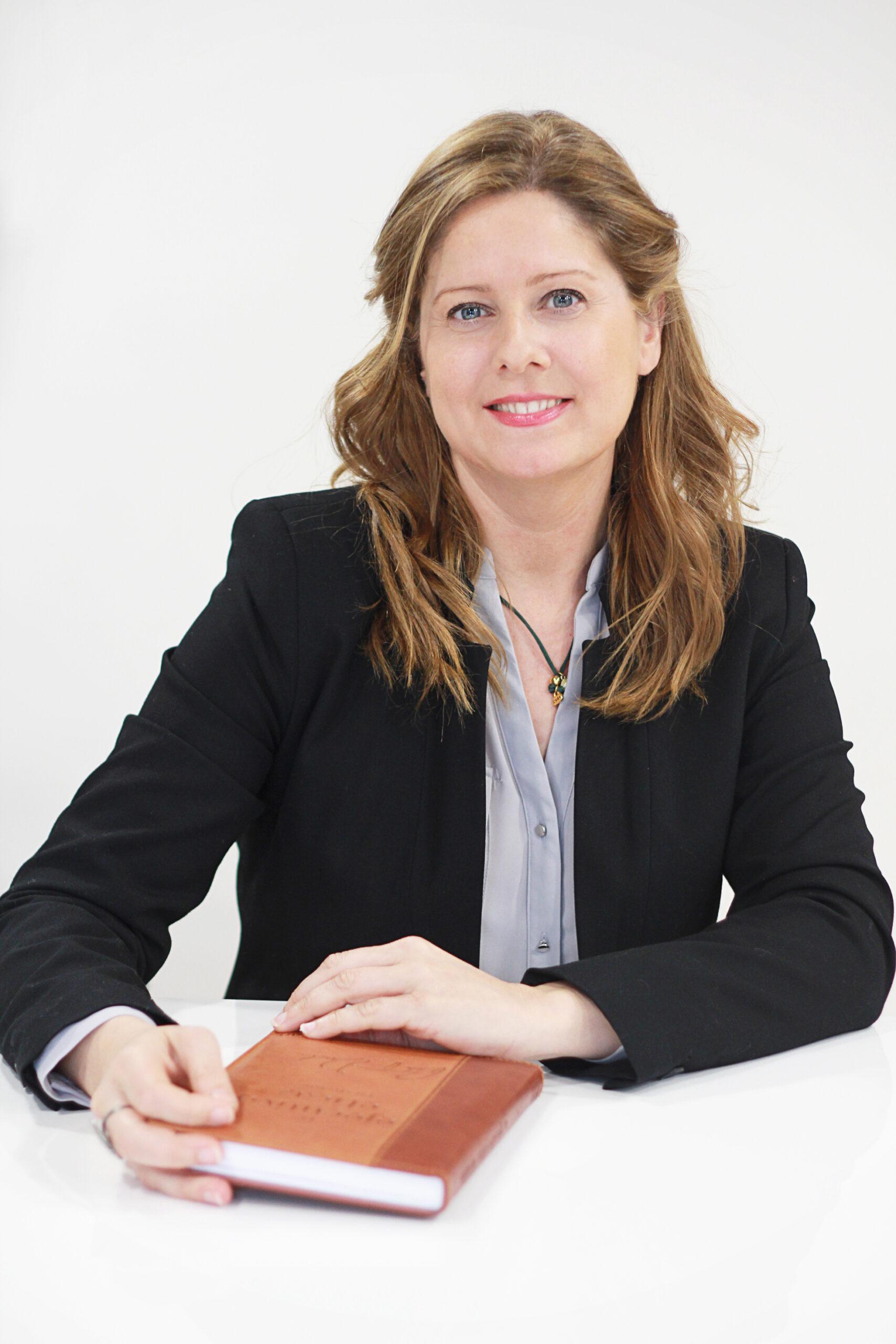 https://creamasaccion.es/wp-content/uploads/2021/06/Cristina-Arca-scaled.jpg
